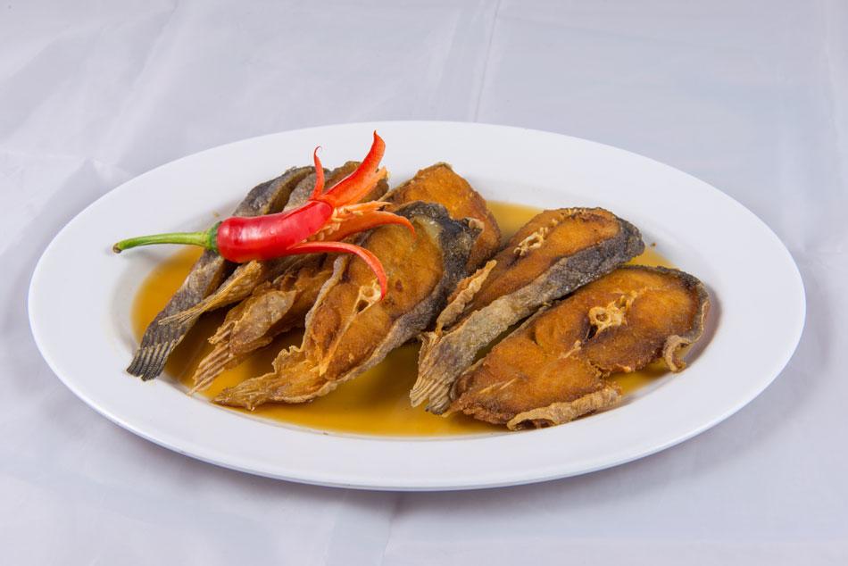 ร้านอาหารริมน้ำ กาญจนบุรี